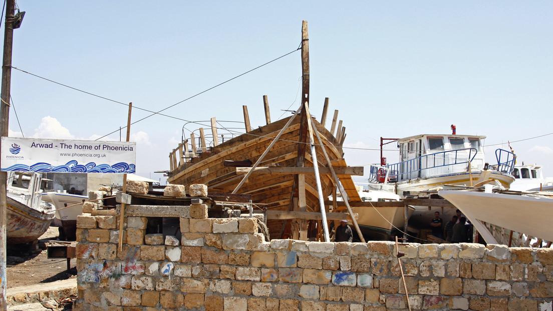 Hallan restos fenicios del puerto de Cádiz durante las obras de reconstrucción de una mítica taberna flamenca