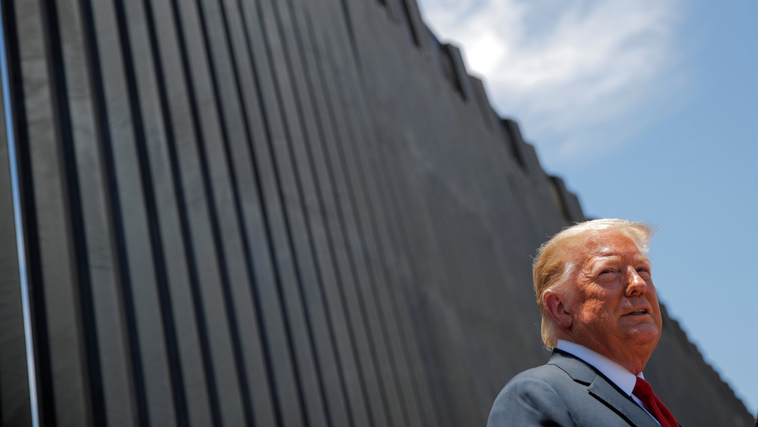 """""""Fue ilegal"""": Un tribunal dictamina que Trump no podía usar recursos militares para el muro fronterizo"""