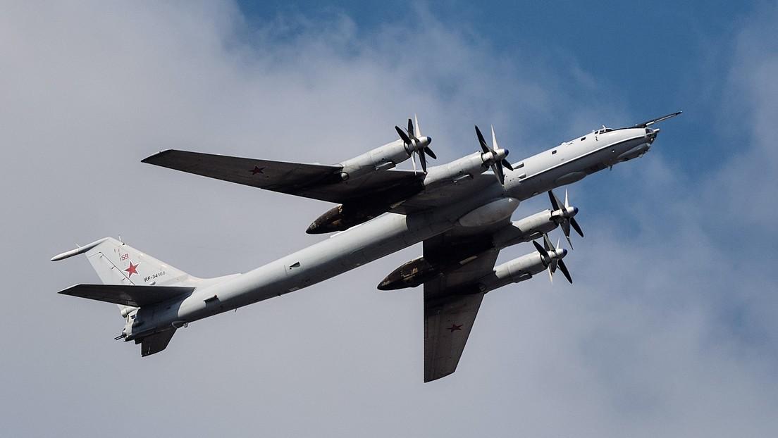 Cazas de EE.UU. y Noruega escoltan aviones antisubmarinos rusos Tu-142MK cuando sobrevolaban aguas neutrales