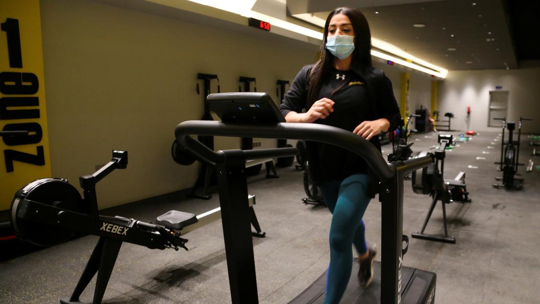 Un estudio sugiere que ir al gimnasio no aumenta el riesgo de contraer covid-19 si hay buenas medidas de higiene