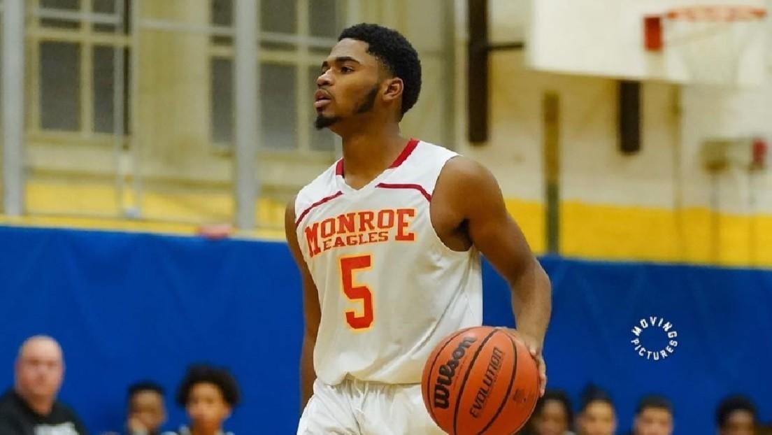 Una estrella del baloncesto de 17 años fallece tras ser tiroteado en Nueva York