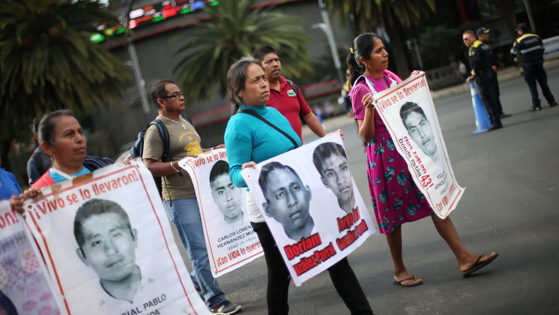 Caso Ayotzinapa: el exdirector de la Agencia de Investigación Criminal huyó de México y es buscado por Interpol en más de 190 países