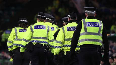 VIDEOS: Un oficial herido y reportes de víctimas fatales por un ataque con cuchillo en Glasgow