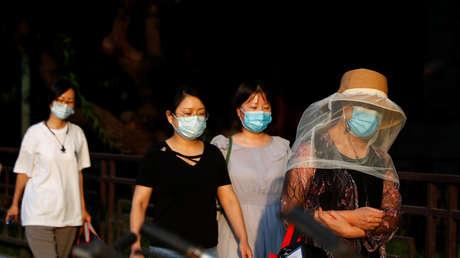 Este sencillo experimento demuestra la efectividad de las mascarillas para prevenir la propagación del coronavirus (FOTOS)