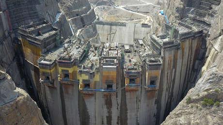 China pone en funcionamiento la central hidroeléctrica 'más inteligente' del mundo