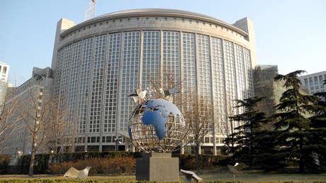 Pekín indica a Washington que deje de interferir en los asuntos de China y se ocupe del racismo en EE.UU.