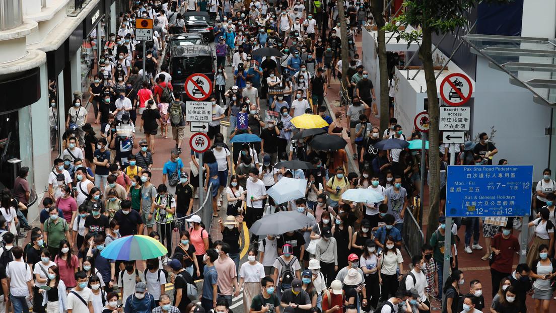 VIDEO: La Policía de Hong Kong utiliza cañones de agua para dispersar las protestas contra la nueva ley de seguridad