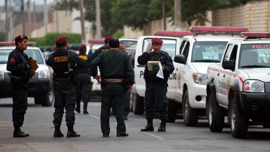 """""""¡Mi tía es fiscal, te voy a llevar!"""": los gritos de un hombre al ser detenido en Perú thumbnail"""