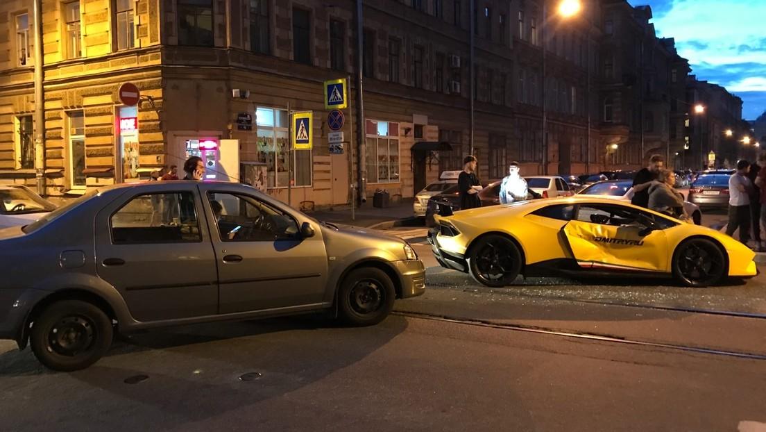 Un vloguero ruso tiene un accidente de tráfico con el Lamborghini de 250.000 dólares que sorteó entre sus suscriptores (VIDEO, FOTOS)
