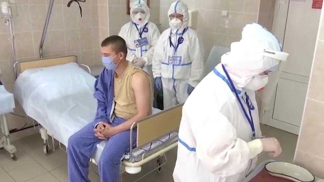 Voluntarios no reportan efectos secundarios tras dos semanas de ensayos clínicos de una vacuna rusa contra el covid-19