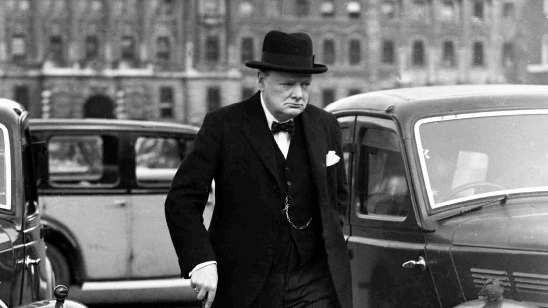 FOTOS: Encuentra archivos desconocidos del chófer personal de Winston Churchill durante la limpieza de su casa y los pone a subasta