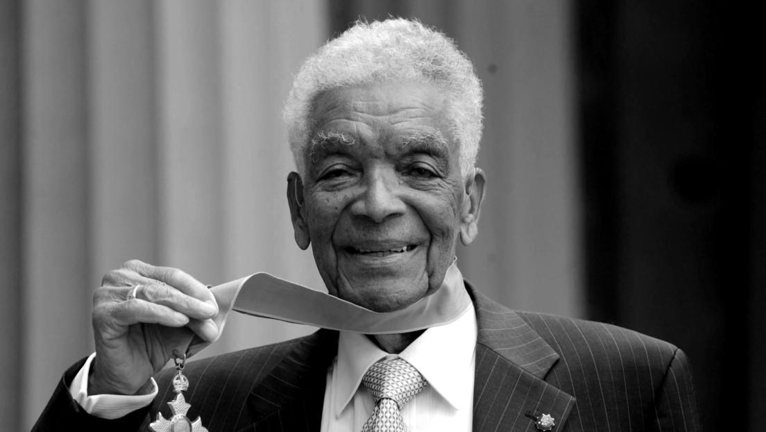 Muere a los 102 años Earl Cameron, uno de los primeros actores negros británicos, que apareció en 'Doctor Who' y 'El origen'