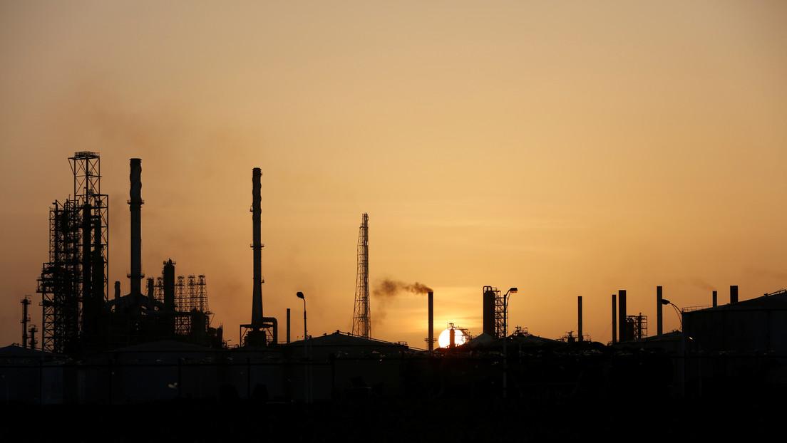 Medios reportan un incendio en la refinería venezolana de Cardón sin víctimas fatales ni heridos