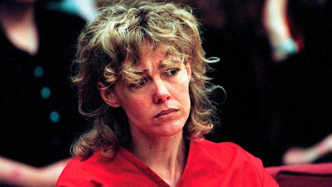 Muere a los 58 años la profesora que fue condenada a prisión por violar a un estudiante con quien luego se casó