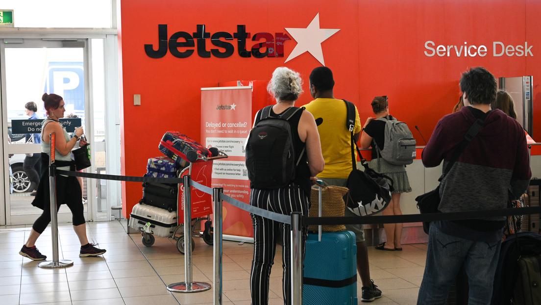Una aerolínea australiana dejó bajar a pasajeros en Sídney  sin examen médico