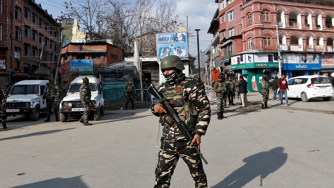Un líder del partido gobernante indio y dos familiares fallecen a manos de extremistas en Cachemira