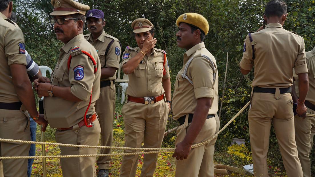 Arrestan a un mafioso por el asesinato de ocho policías y otros 60 delitos en India (VIDEO)