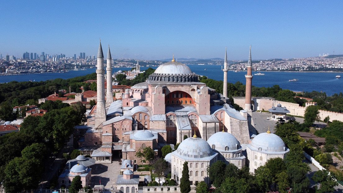 Un tribunal de Turquía abre el camino para convertir Santa Sofía en una mezquita