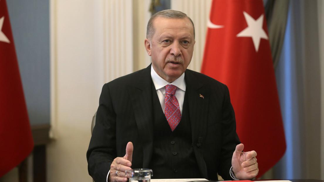 Turquía: Erdogan firma un decreto para convertir el popular templo Santa Sofía en una mezquita