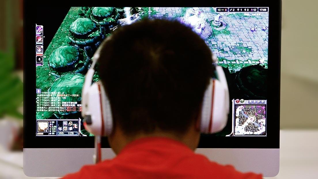 Sufre un derrame cerebral tras jugar a videojuegos 22 horas al día durante un mes