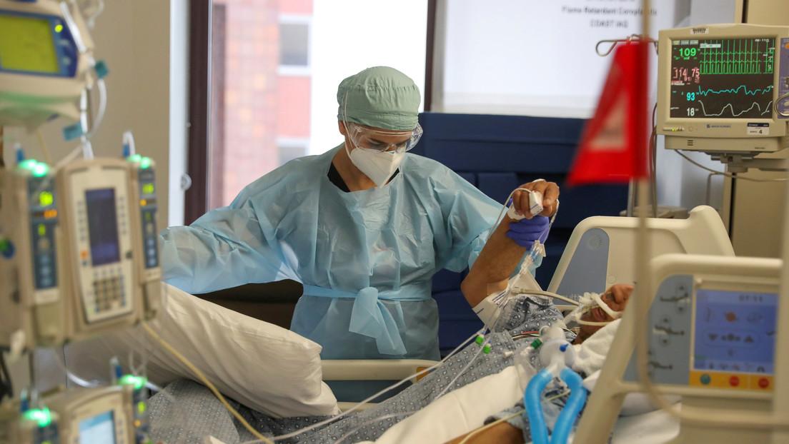 Bloomberg: EE.UU. registra por primera vez más de 71.000 nuevos casos de covid-19 en un día