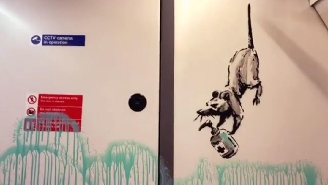 Banksy cubre un vagón del metro de Londres con una serie de grafitis sobre el covid-19 (VIDEO)