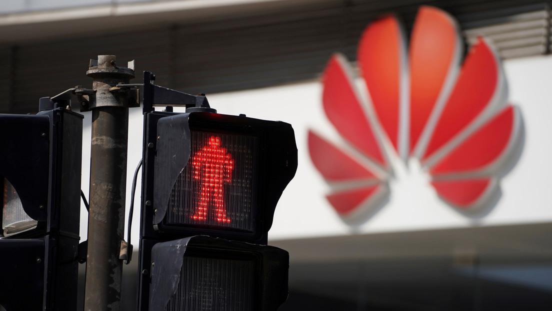 """EE.UU. impondrá restricciones de visado a empresas como Huawei por """"facilitar violaciones de derechos humanos"""""""