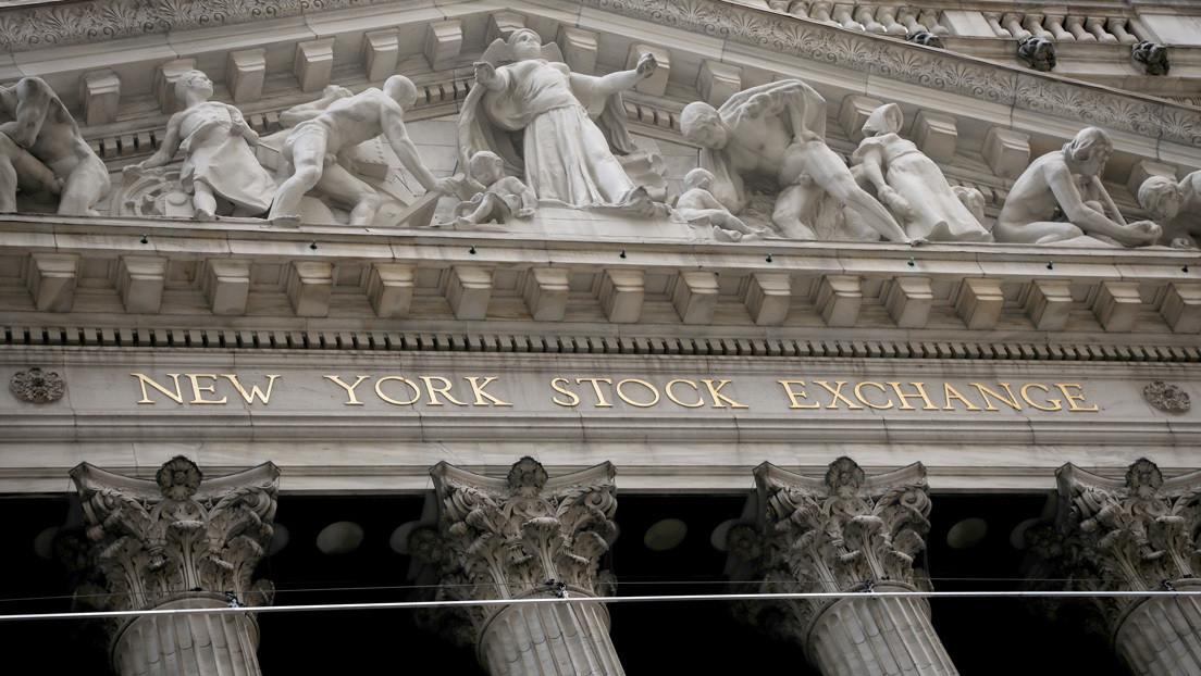 Dólar a punto de colapsar; patrón oro está volviendo: Economista