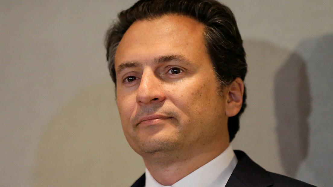 El exdirector de Pemex, Emilio Lozoya, llega a México extraditado desde España
