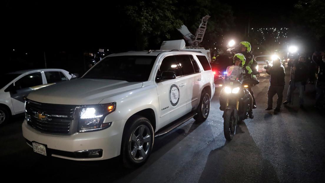 El exdirector de Pemex Emilio Lozoya es trasladado a un hospital privado después de su extradición a México