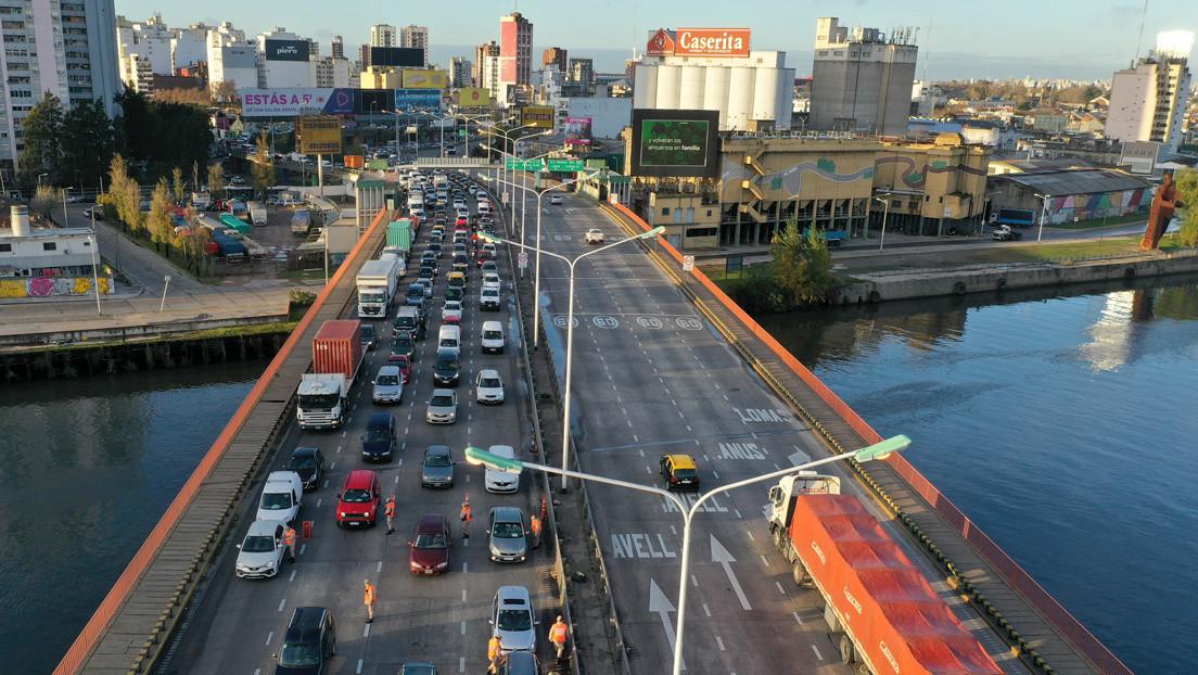 Argentina flexibiliza la cuarentena en las zonas más afectadas por el coronavirus