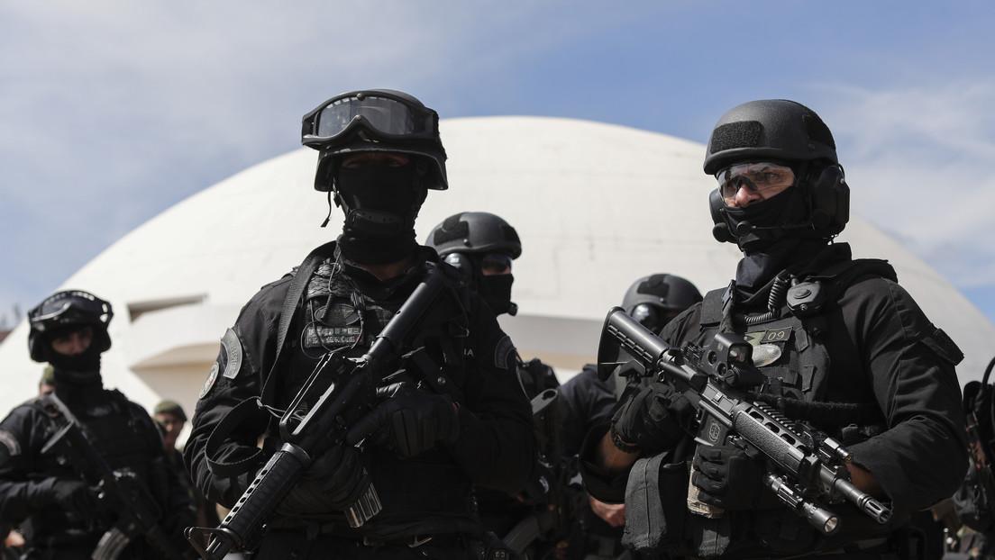 """Brasil hace un giro en su política de Defensa y destaca la necesidad de prepararse para """"tensiones y crisis"""" en América del Sur thumbnail"""