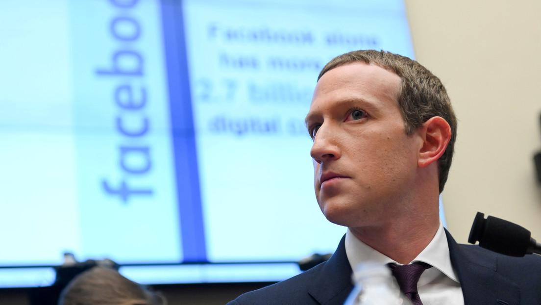 Una foto de Zuckerberg surfeando con la cara cubierta por una 'máscara' de protector solar desata una ola de memes