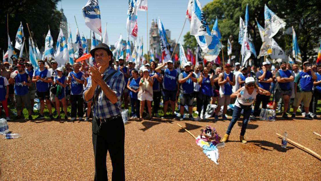 El Gobierno de Argentina rechaza la contraoferta de acreedores de la deuda thumbnail