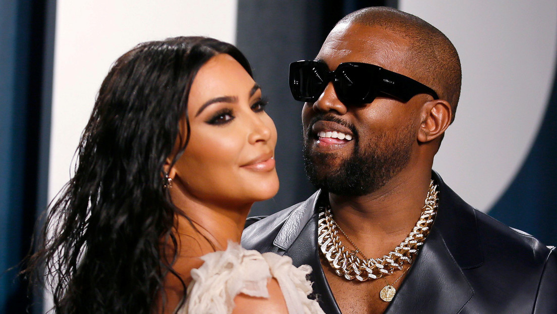 """Kanye West advierte en un extraño tuit que Kim Kardashian """"quiere encerrarlo"""" con ayuda de un doctor"""