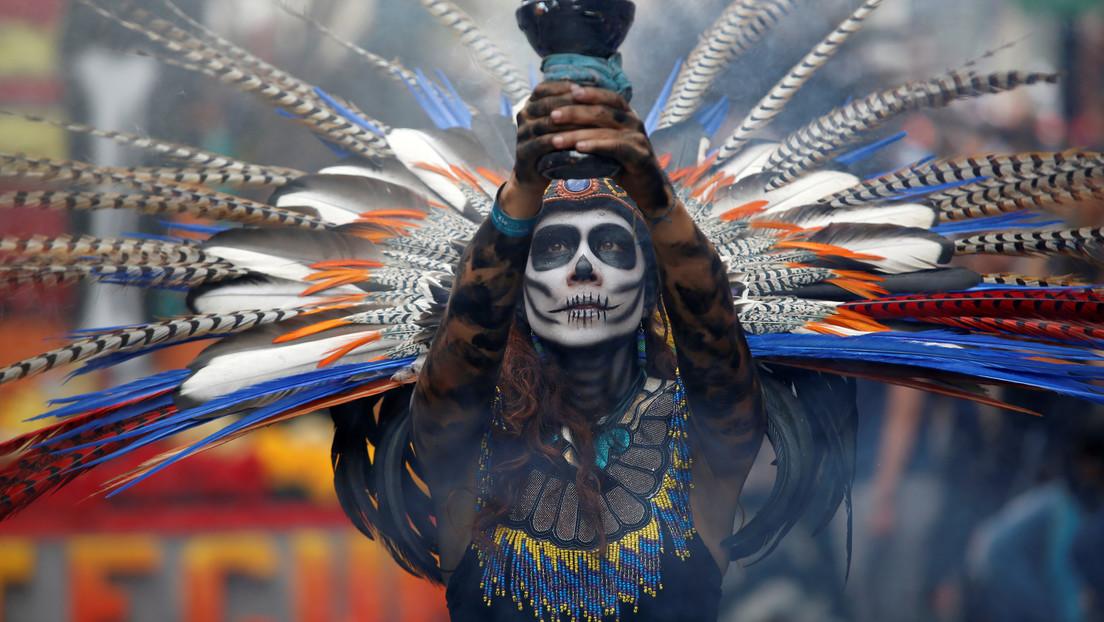 Ciudad de México estudia celebrar el desfile del Día de Muertos de manera virtual por el coronavirus