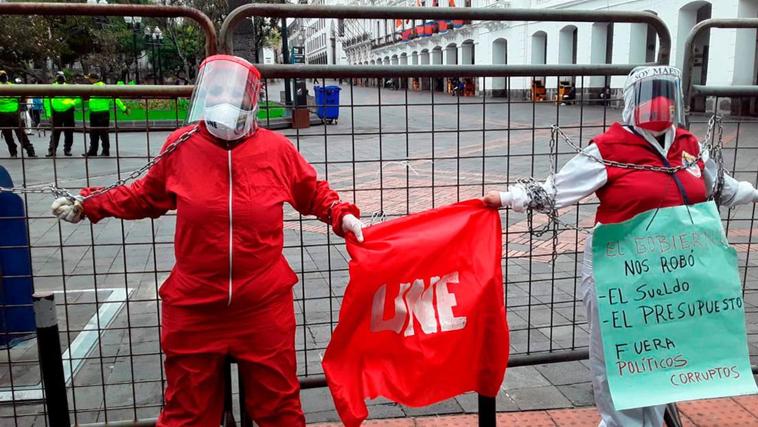 Protestas en Ecuador por semanas de retraso en el pago de salarios a trabajadores públicos y despidos en medio de la pandemia thumbnail
