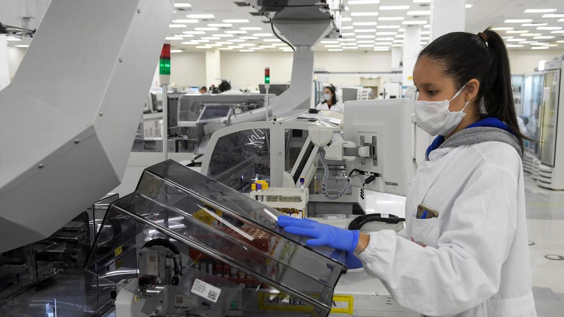 Brasil supera las 85.000 muertes por coronavirus en total y suma más de 55.000 nuevos contagios en la última jornada