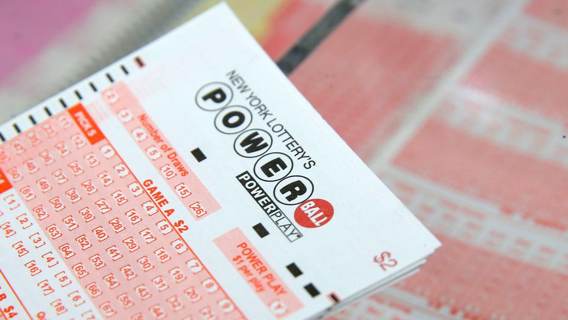 Dos amigos se prometieron compartir el premio si les tocaba la lotería: 28 años después, uno ganó 22 millones de dólares