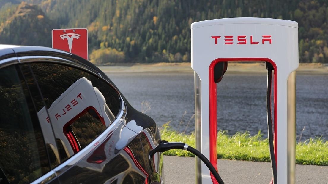 Elon Musk sugiere que Tesla fabricará dos nuevos autos eléctricos