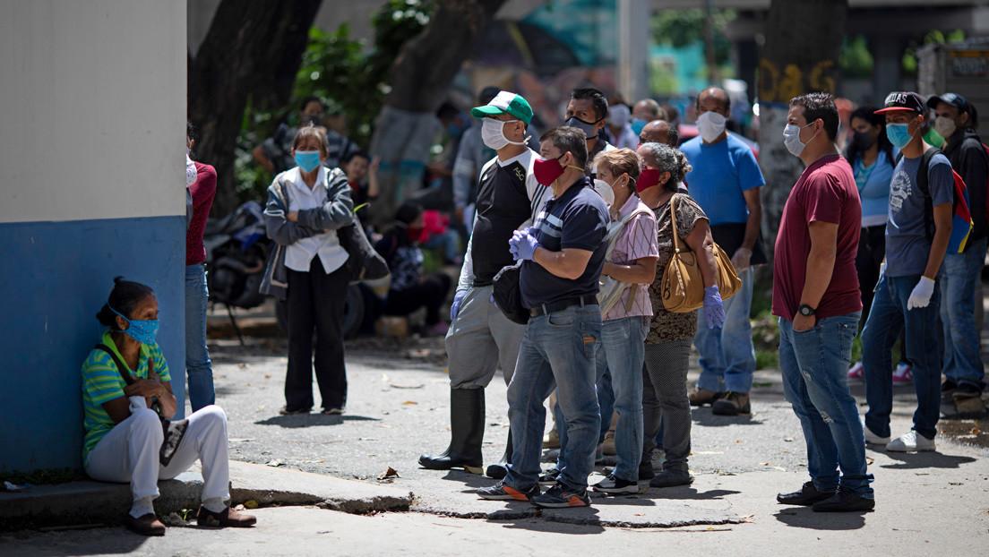 """Caracas y seis estados de Venezuela seguirán en """"cuarentena radical"""" por el coronavirus"""
