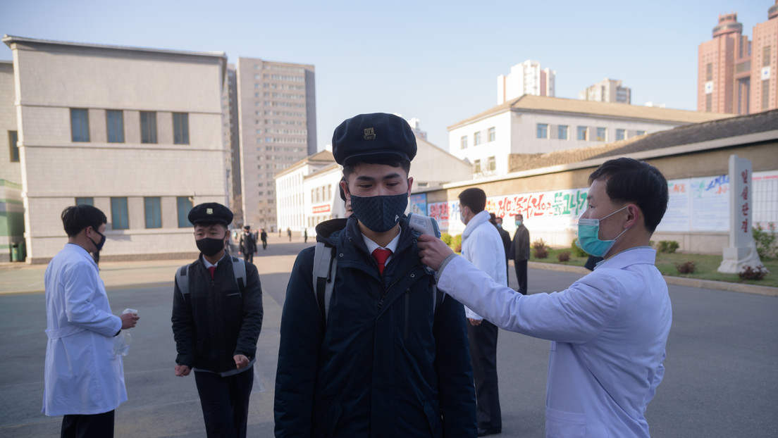"""Corea del Norte declara la """"emergencia de la categoría más alta"""" tras los reportes del primer caso de coronavirus en el país"""