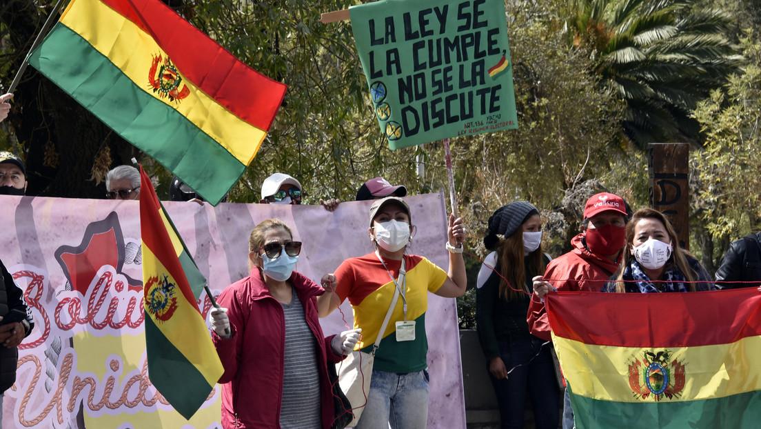 """Ecuador y Bolivia: la original fórmula """"democrática"""" que pretende proscribir a candidatos o partidos opositores"""
