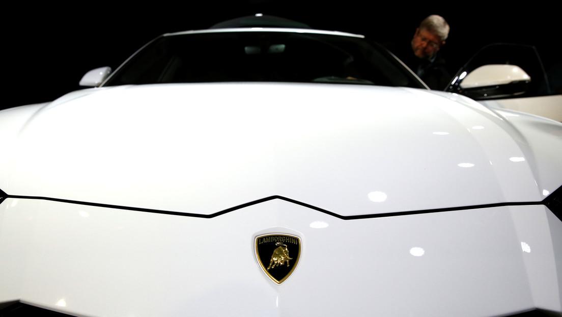 """¿Realmente el """"primer y único Lamborghini blindado"""" resiste todo tipo de balas? Un 'youtuber' lo somete a prueba y este es el resultado (VIDEO)"""