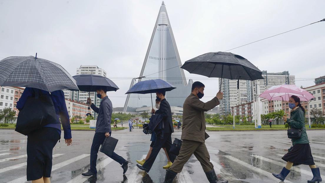 Corea del Norte instala puestos de guardia en Pionyang días después de un caso sospechoso de covid-19 en una ciudad fronteriza