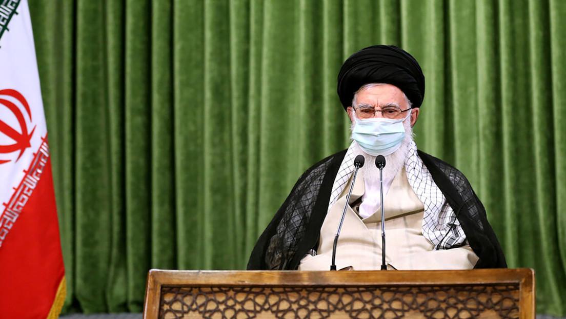 Alí Jameneí afirma que Irán no detendrá su programa nuclear y de misiles balísticos pese a las presiones de EE.UU.