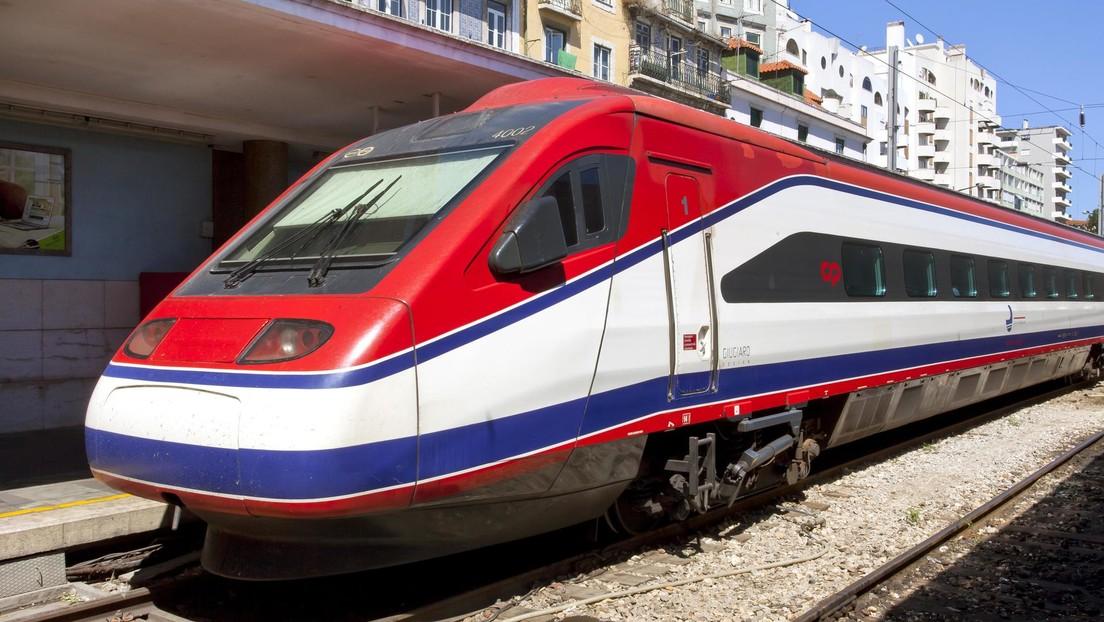 VIDEO: El descarrilamiento de un tren de alta velocidad deja al menos dos muertos y decenas de heridos en Portugal