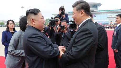 """Corea del Norte promete """"luchar codo a codo"""" con China en su """"resistencia a la interferencia de EE.UU."""" en los asuntos internos del país"""