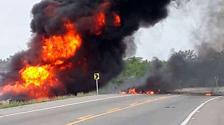 7 muertos y más de 40 heridos en la explosión de un camión que transportaba gasolina en Colombia