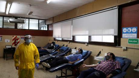 Argentina reporta un nuevo máximo de casos y muertes por coronavirus, con 2.979 contagios y 62 fallecidos